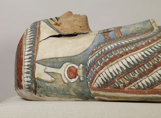 Egyptian_-_Mummy_and_Painted_Cartonnage_of_an_Unknown_Woman_-_Walters_791_-_Detail_C